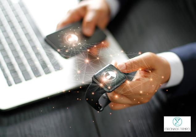 Algunos smartwhatches permiten conectarse a tu teléfono para que muestre notificaciones de tu dispositivo.