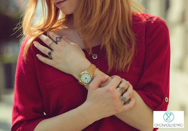Si bien es más difícil encontrar relojes vintage, podrás hallar modelos retro en muchas casas relojeras.